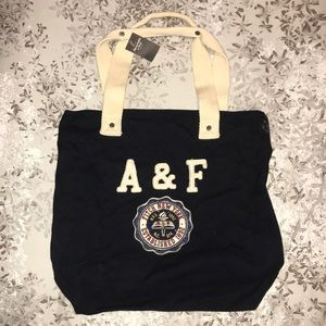 NWT Abercrombie & Fitch navy blue totebag